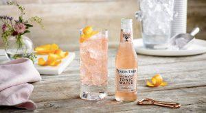 Aromatic Tonic pink gin & tonic