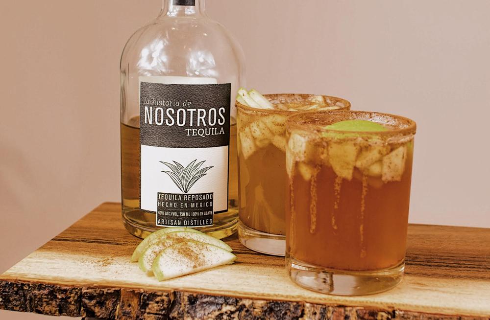Nosotros Tequila Manzanas y Nosotros cocktail recipe