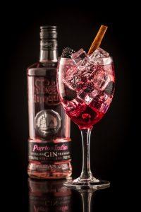 Puerto Strawberry & Blackberry Gin & Tonic cocktail recipe
