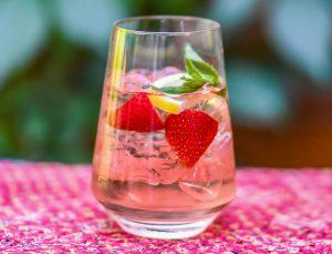 strawberry rose spritzer